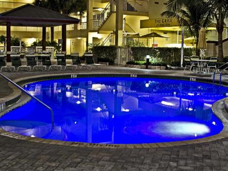 Swimming pool Wyndham Royal Vista
