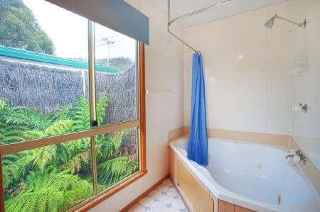 Bathroom Discovery Parks - Mornington Hobart