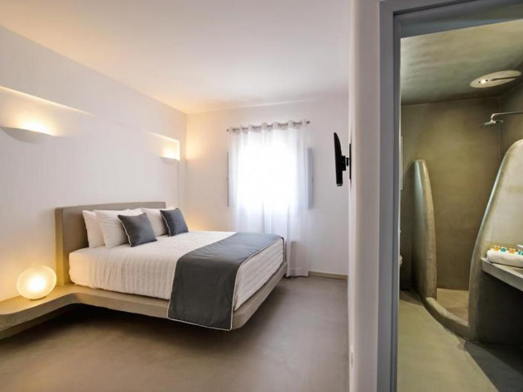 Deluxe Double Room Central Fira Hotel
