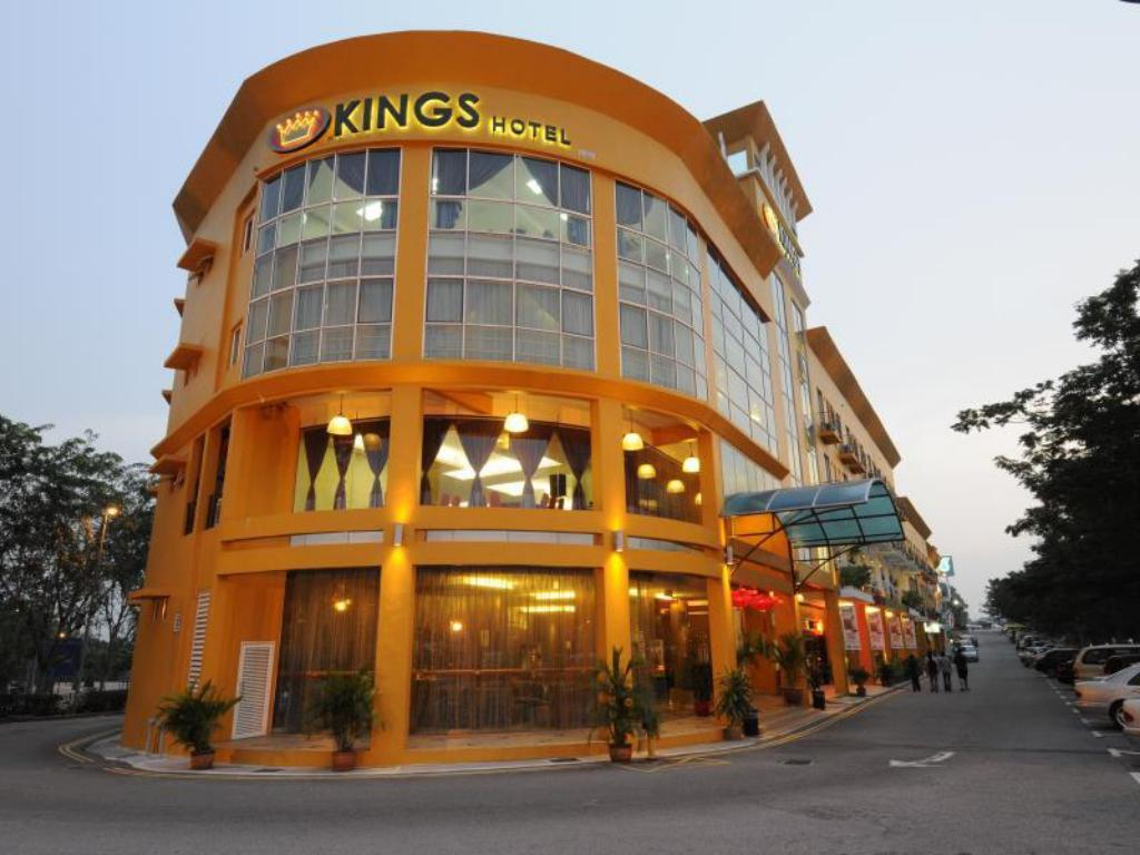 Kings Hotel in Malacca - Room Deals, Photos & Reviews