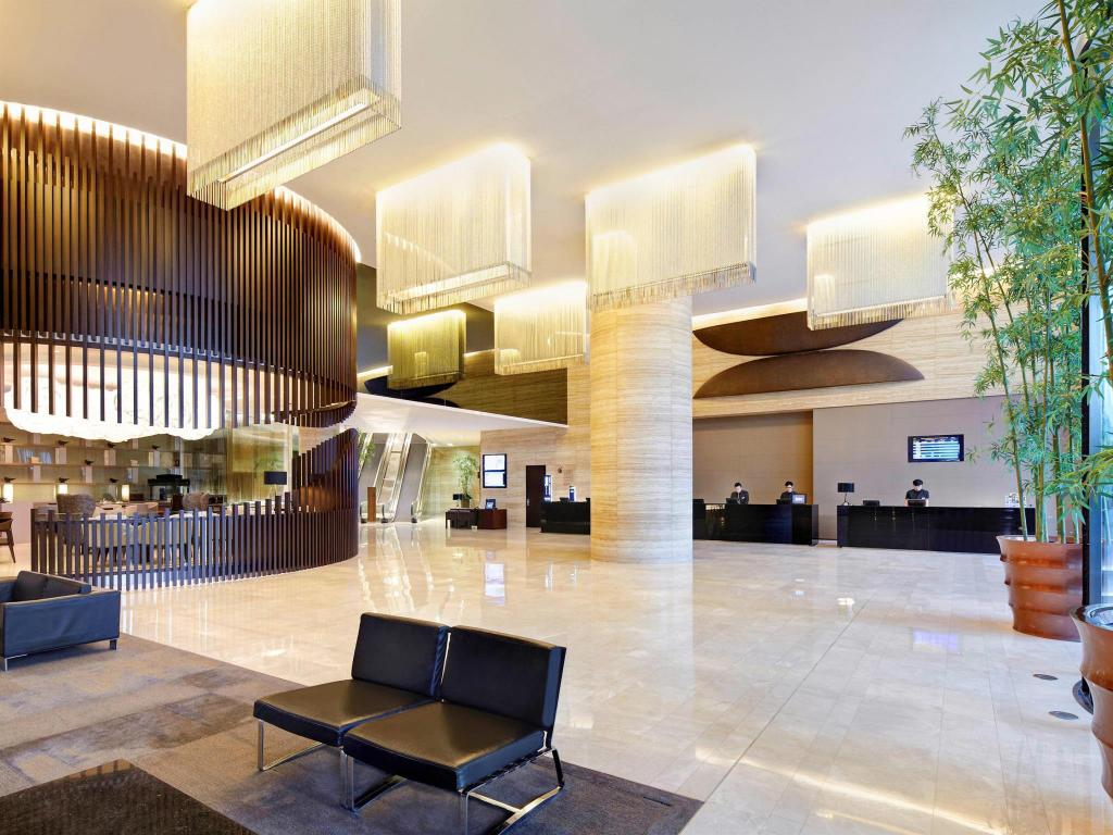 Best Price on Novotel Citygate Hong Kong Hotel in Hong