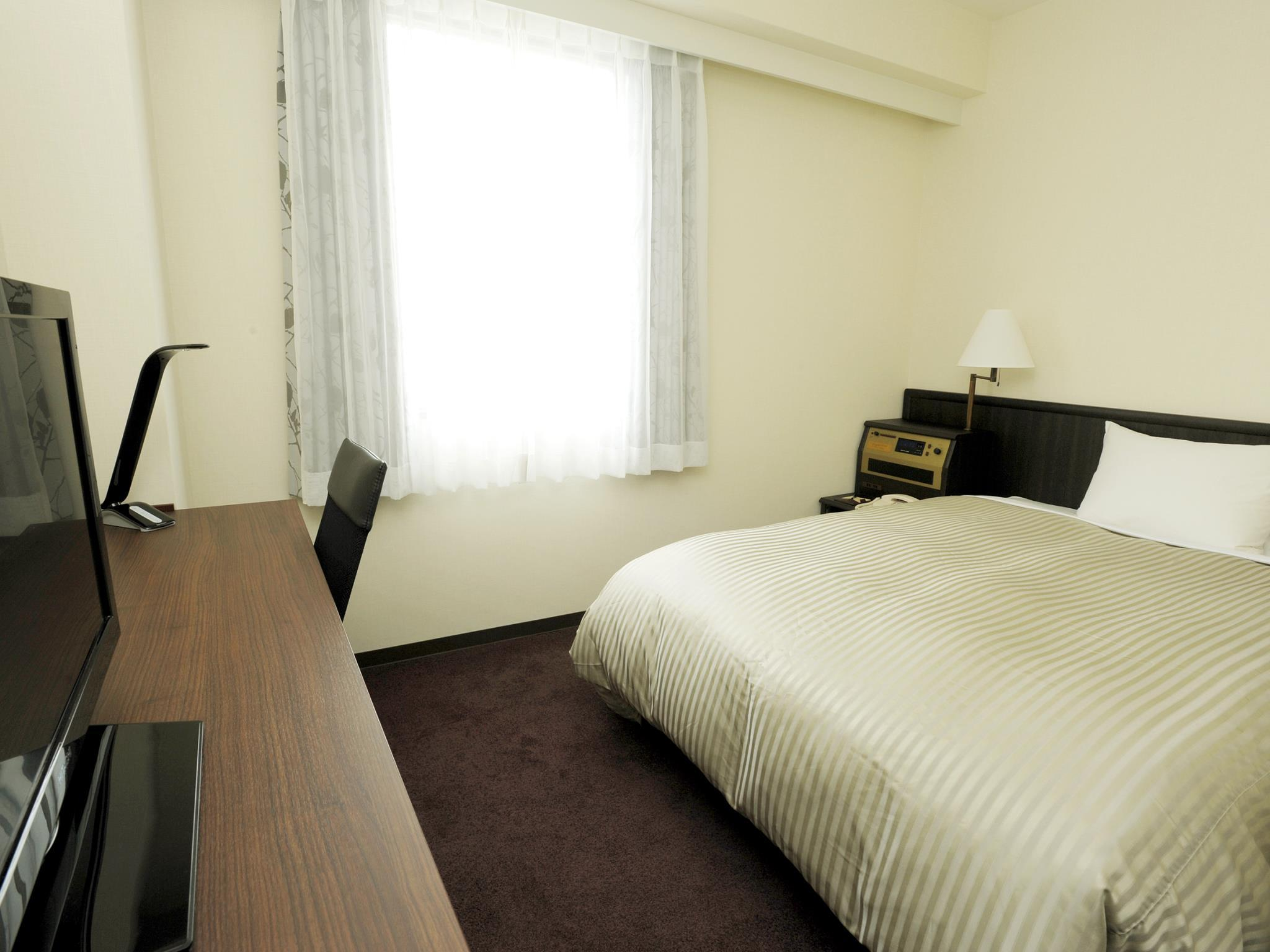 【新装】セミダブルルーム(禁煙) (Semi-Double Room - Non-Smoking, Newly Renovated)