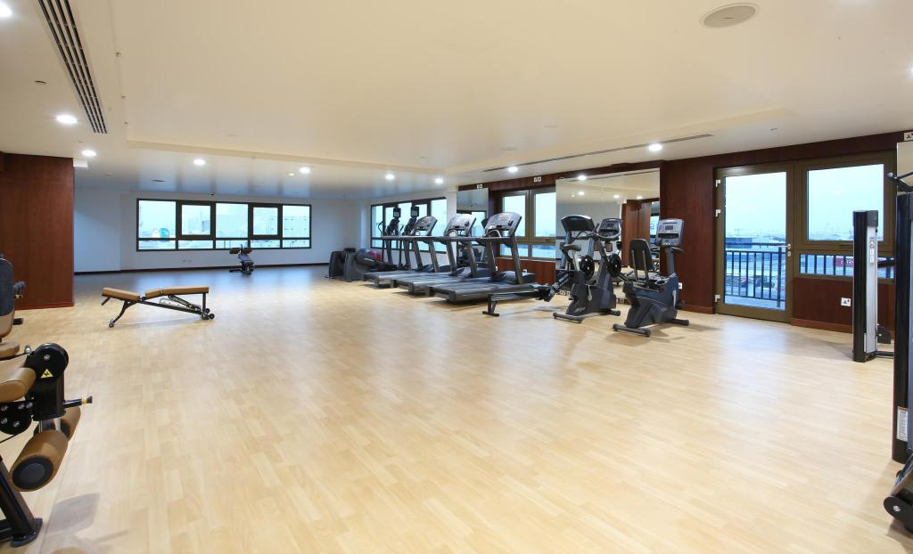 Fitness center Metropolitan Hotel Dubai