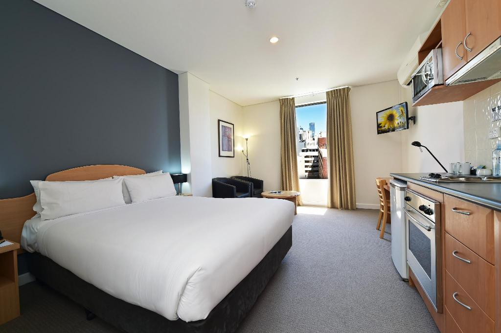 أول سويتس بيرث (All Suites Perth)