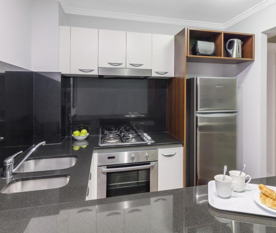 Review Apartments: Best Price On Oaks Lexicon Apartments In Brisbane + Reviews