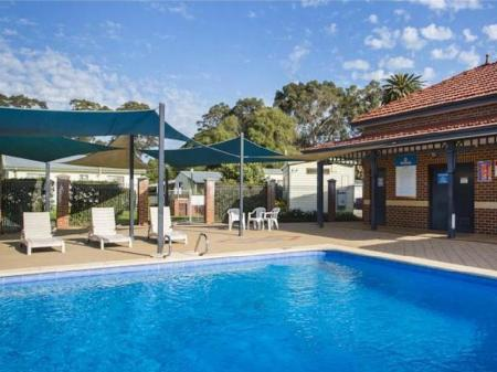 Swimming pool Discovery Parks - Perth Airport