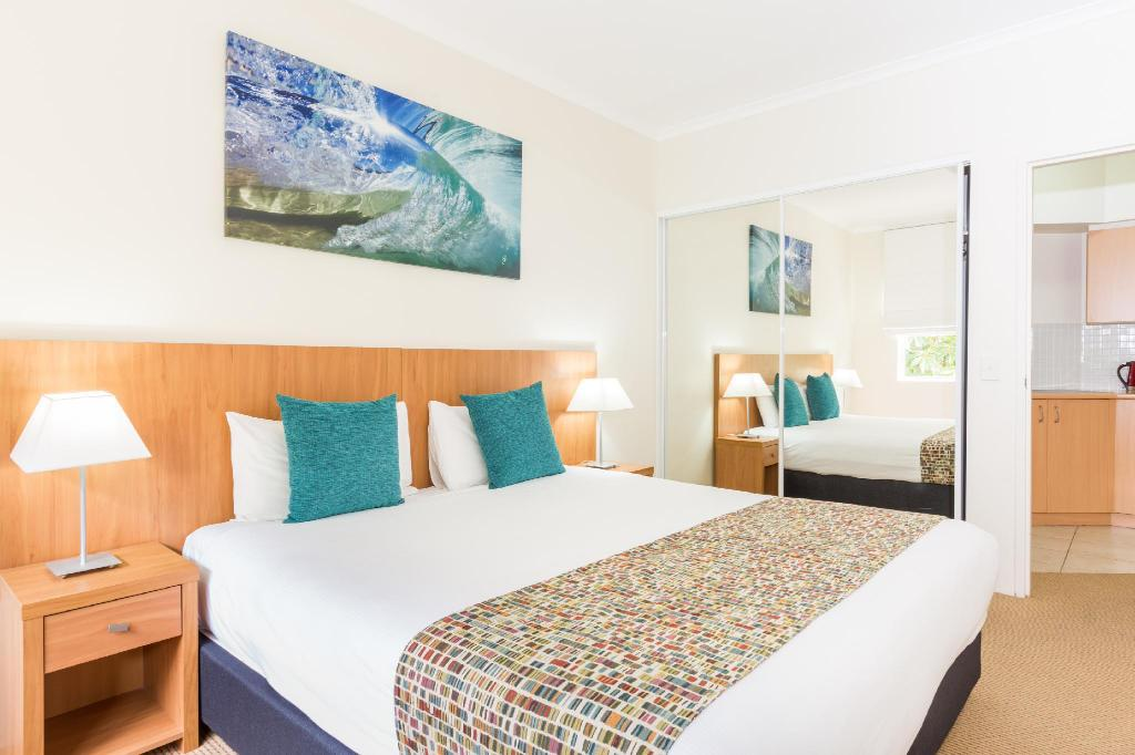 Standard Studio - Bed Ramada Resort by Wyndham Shoal Bay