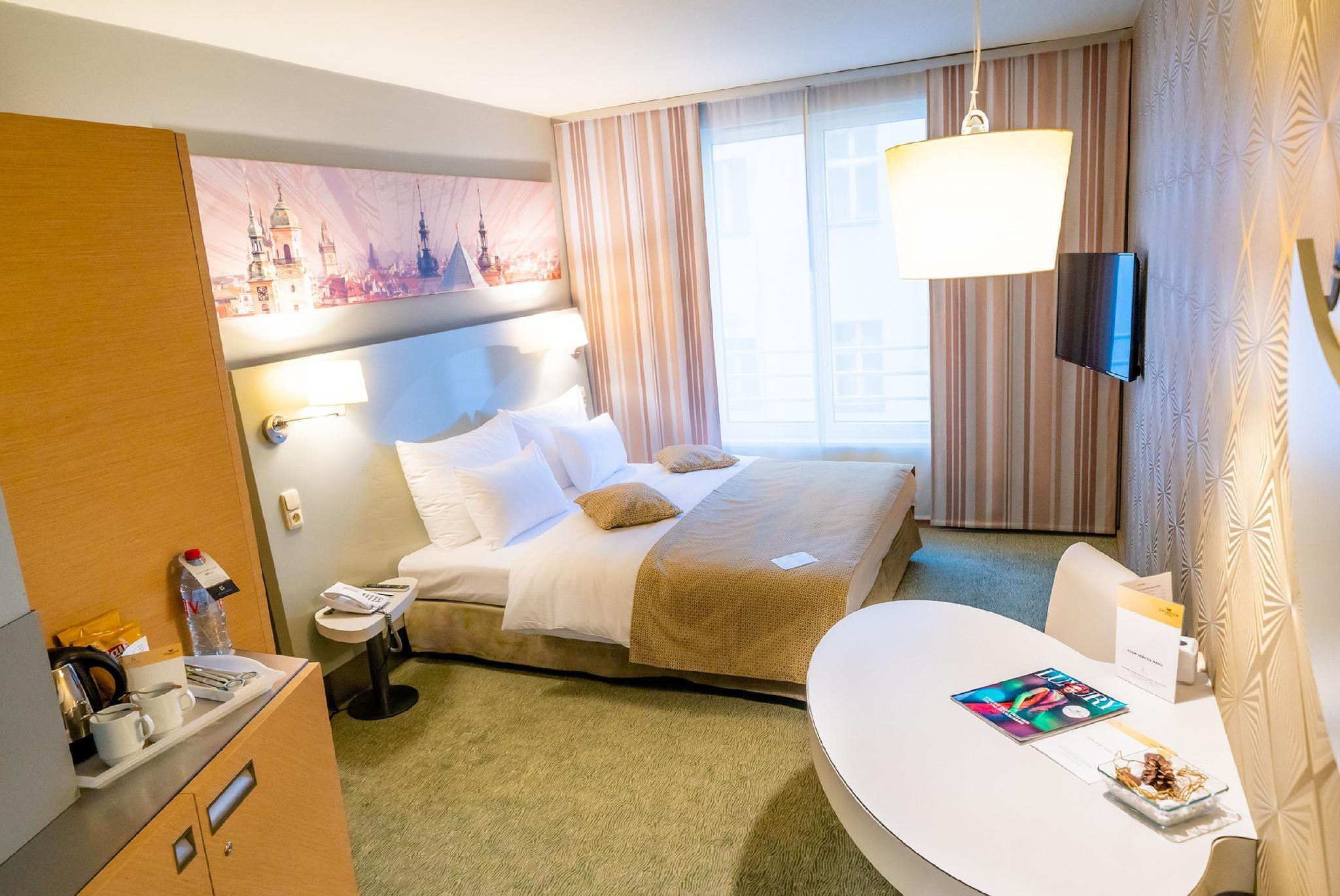 Double ili Twin Soba sa dodatnim krevetom (Double or Twin Room with Extra Bed)