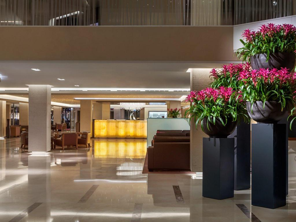 Grand hotel kempinski geneva in switzerland room deals for Design hotel 16 geneva