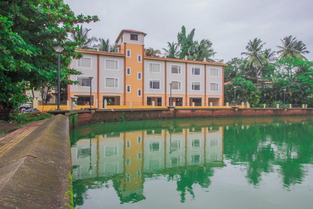 OYO 16157 Casa Laguna Lake View,Miramar Goa in India - Room