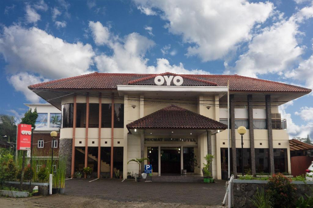 More about OYO 602 Hotel Hikmat Indah