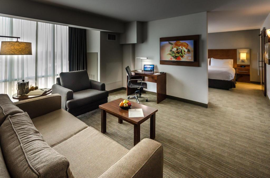 Best Price On Doubletree By Hilton Hotel Omaha Southwest In Omaha Ne Reviews