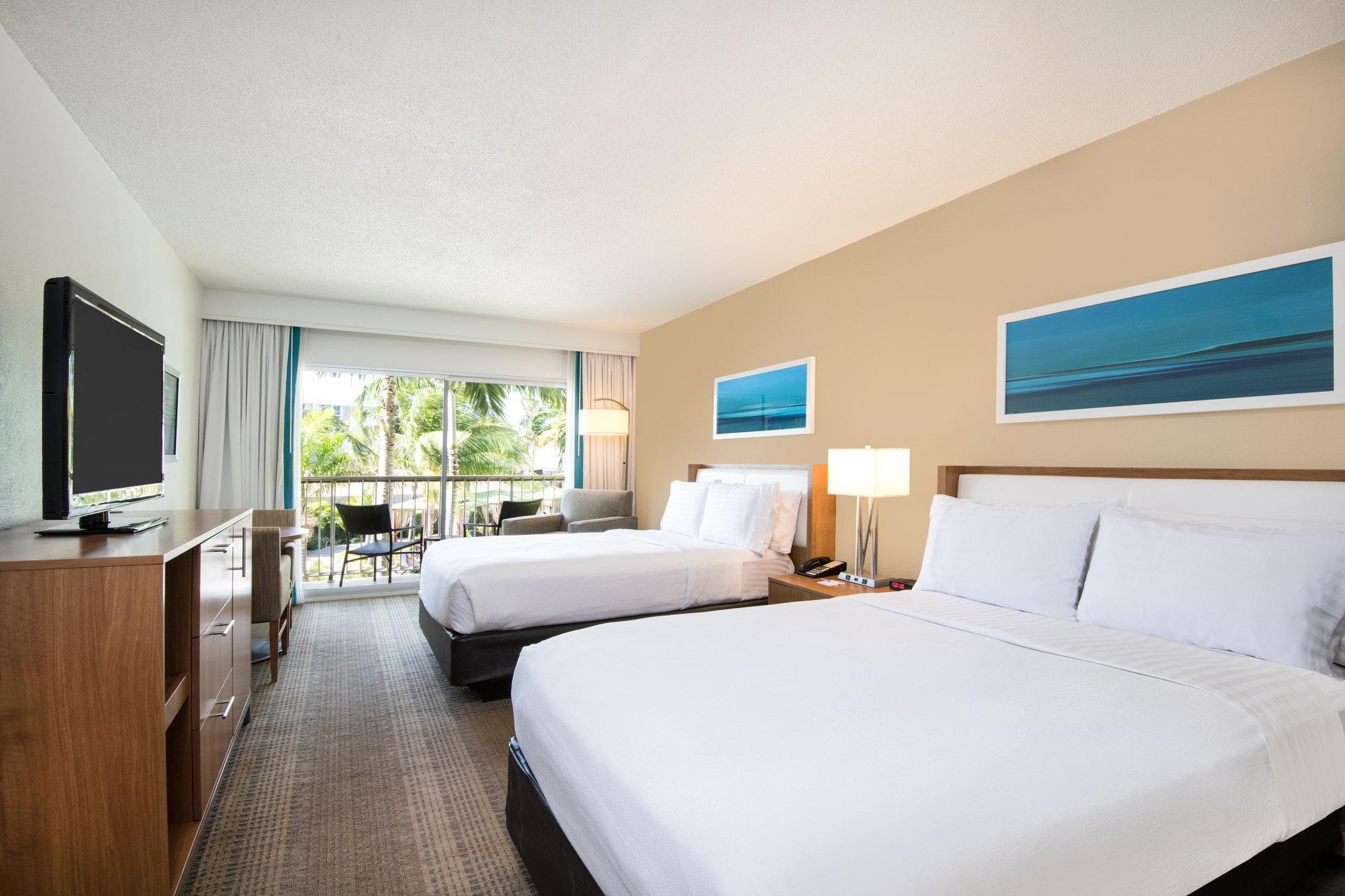 2 Double Beds Oceanfront Non-Smoking