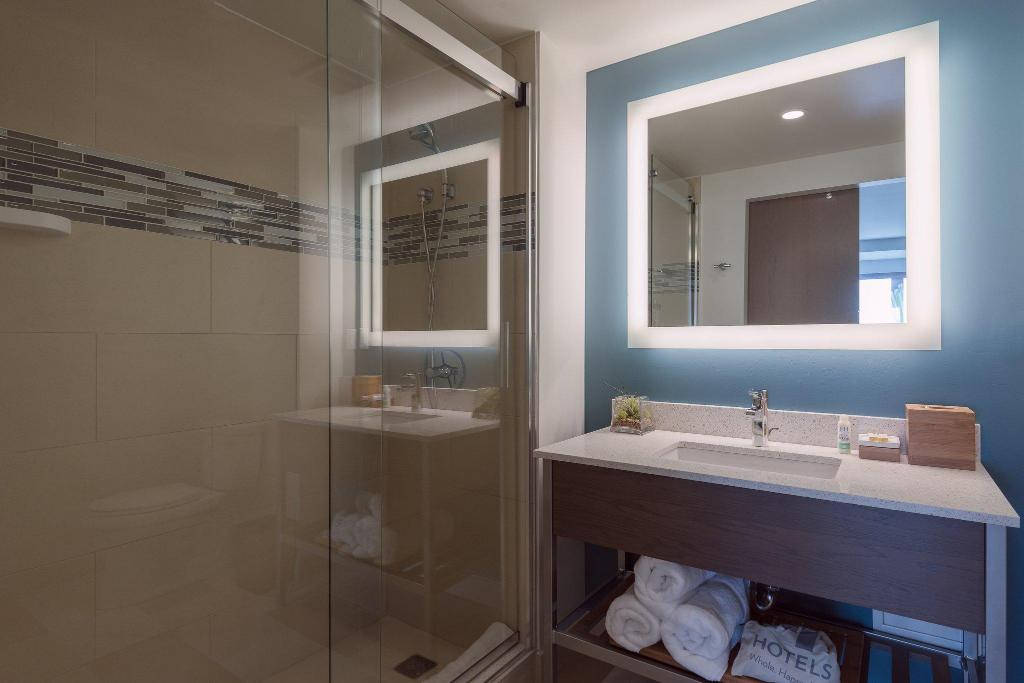 Even Hotels Brooklyn in New York (NY) - Room Deals, Photos