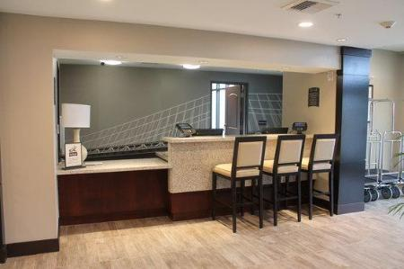 Hotellet indefra Staybridge Suites Carlsbad/San Diego