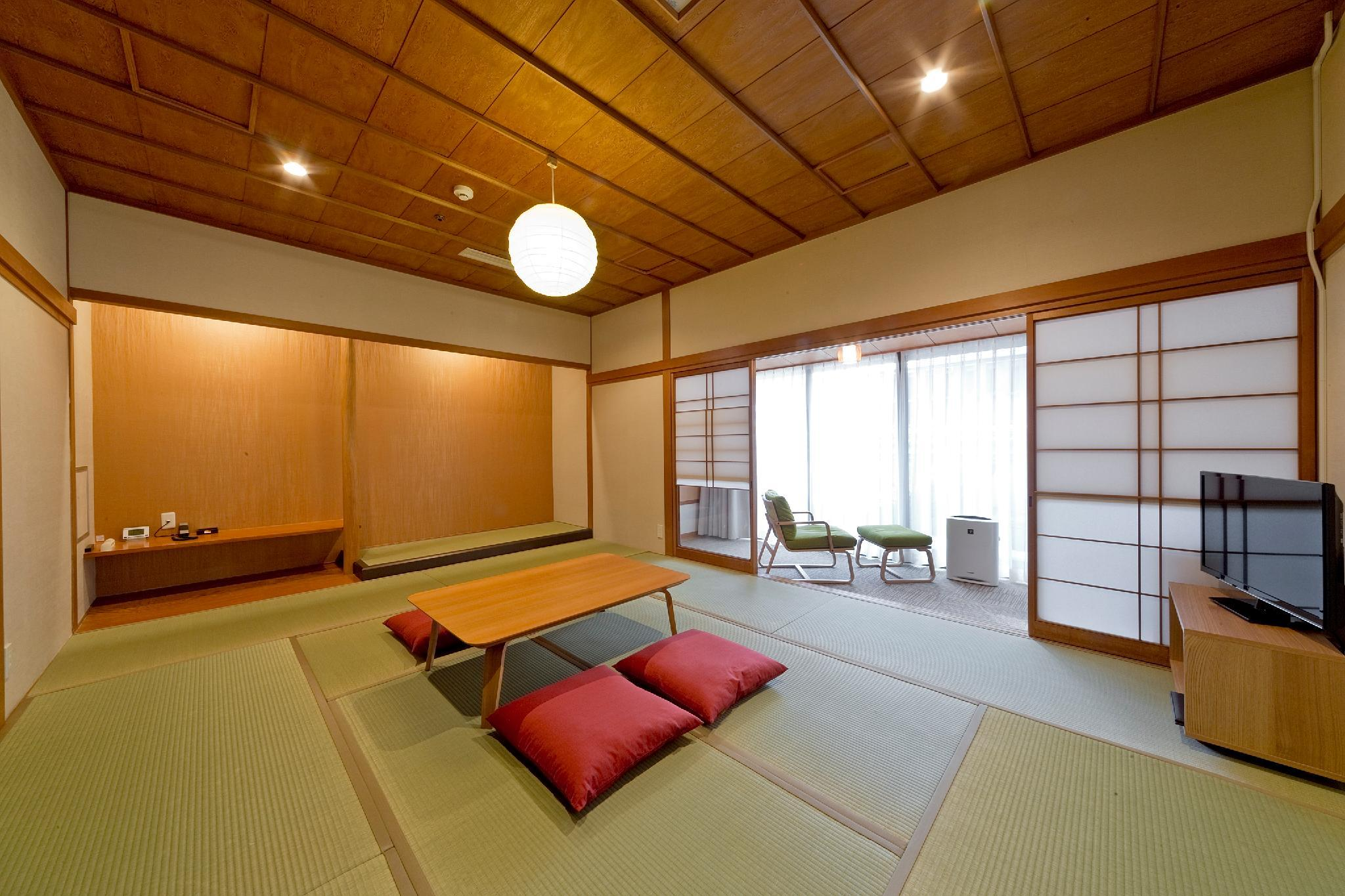 園景日式客房 - 可住5人 (Garden View Japanese Style Room for 5 People)