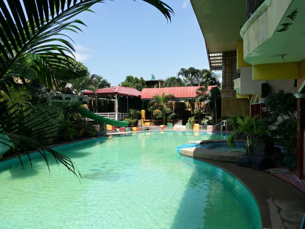 Deals from 81 bahay ni kuya resort bulacan - Playmobil swimming pool best price ...