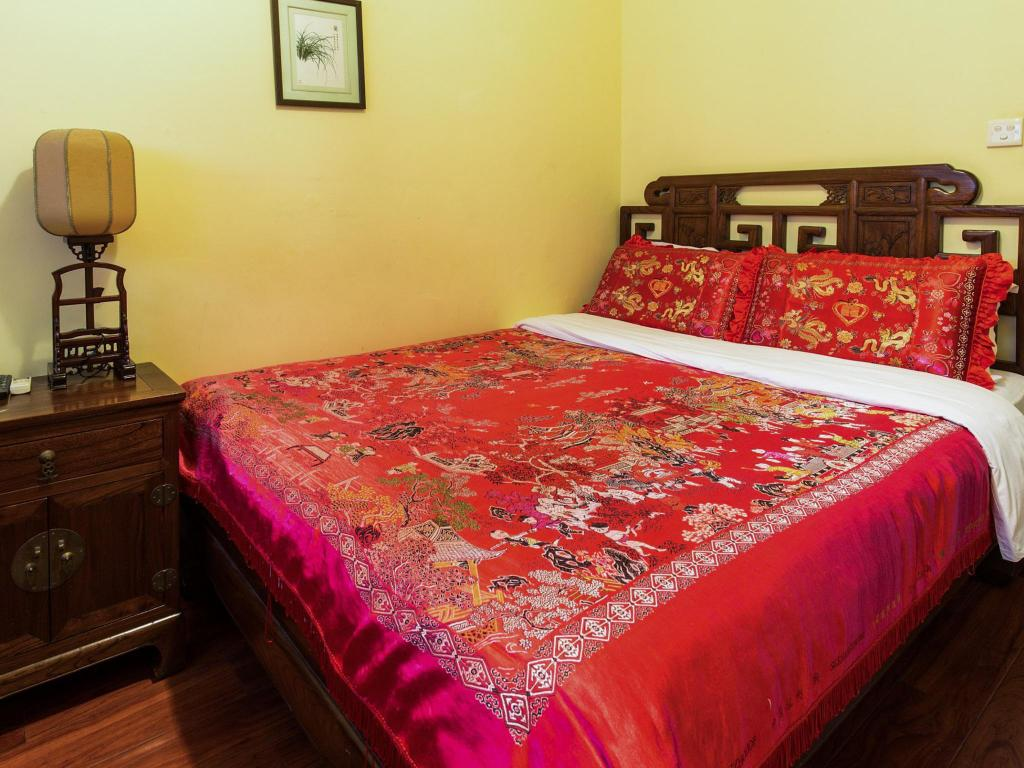 Classical Chinese Style Queen Room - Bed Beijing Sihe Courtyard Hotel