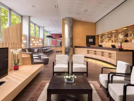 Lobby Four Points by Sheraton Barcelona Diagonal