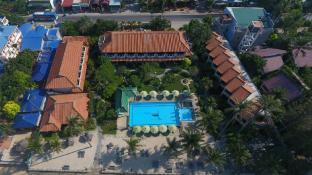 Dynasty Beach Resort - Hoang Trieu