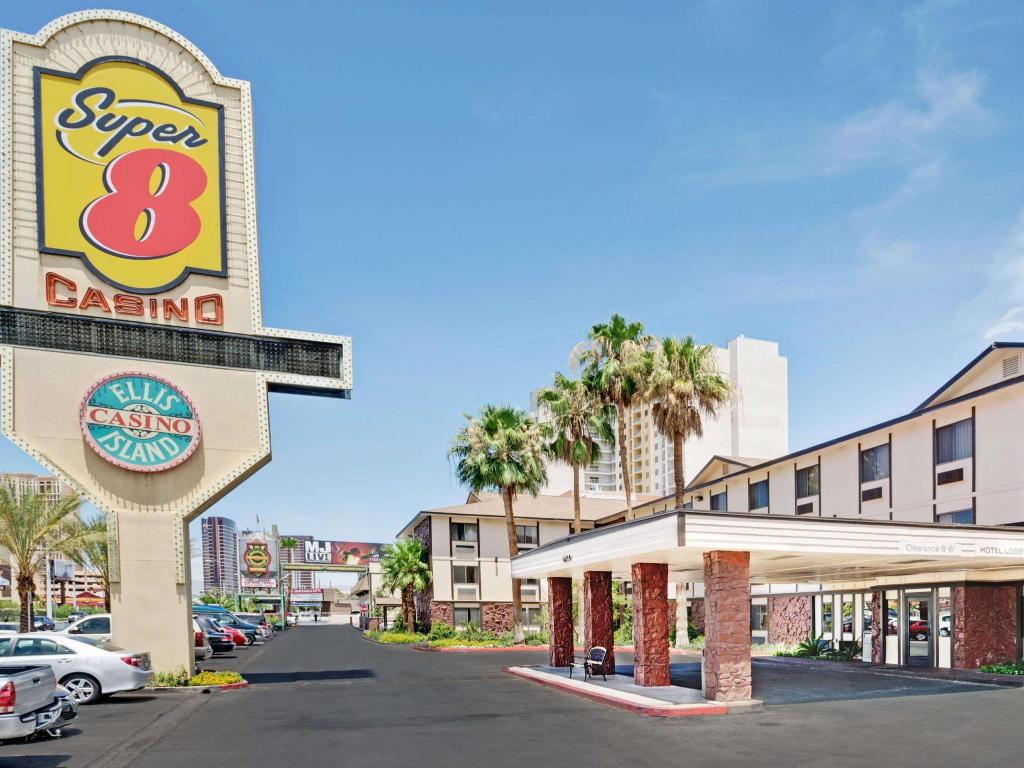 More about Ellis Island Hotel Super 8 Las Vegas