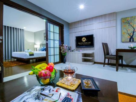 Interior view Grand Mercure Bangkok Asoke Residence