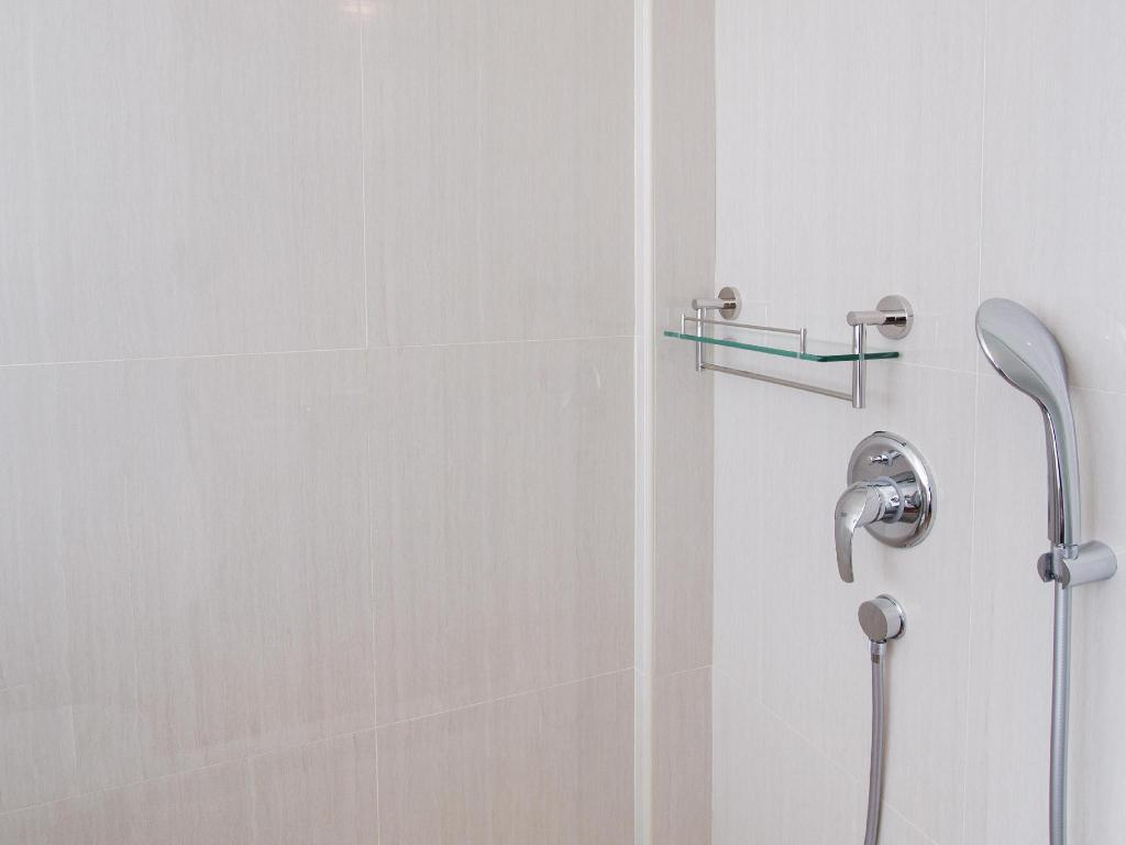 Studio Single - Shower Heritage Collection on Boat Quay