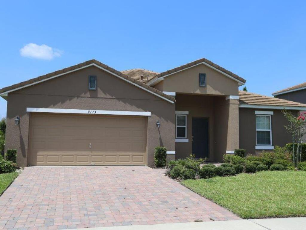 Astounding Calabria Luxury 5 Bed Homes With Game Rooms Orlando Select Home Interior And Landscaping Palasignezvosmurscom