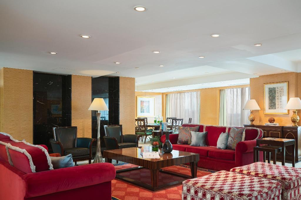 Club lounge access, 2 Bedroom Presidential Suite, Golf view - View Renaissance Tianjin TEDA Convention Centre Hotel