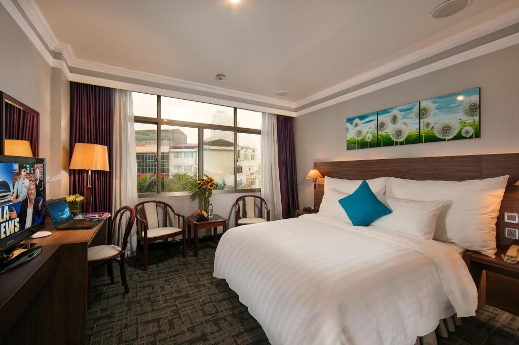 Superior City View - Double Bed - Bed Lake Side Hotel