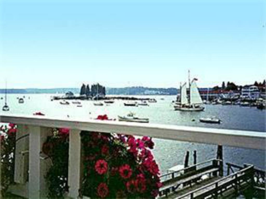 View Boothbay Harbor Inn