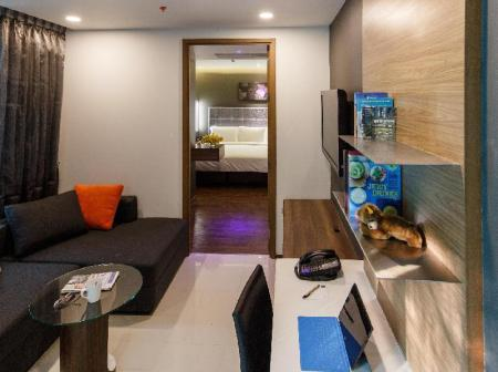 One Bedroom Superior Suite LiT Bangkok Residence