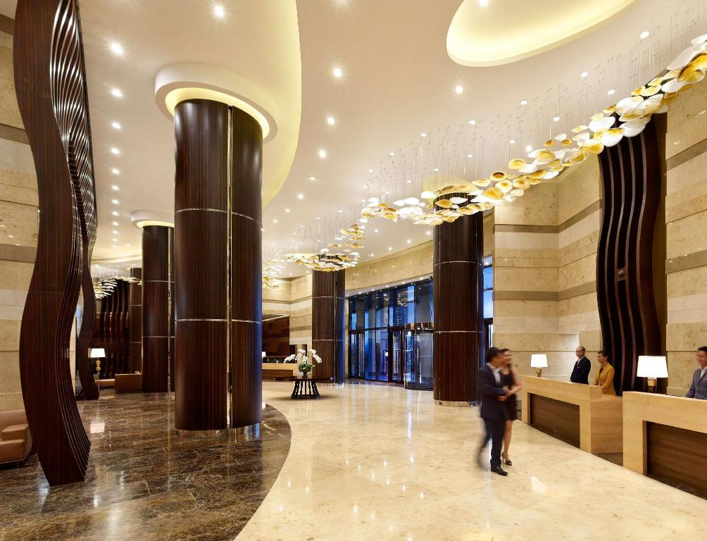 Lobby Hyatt Regency Manila City of Dreams