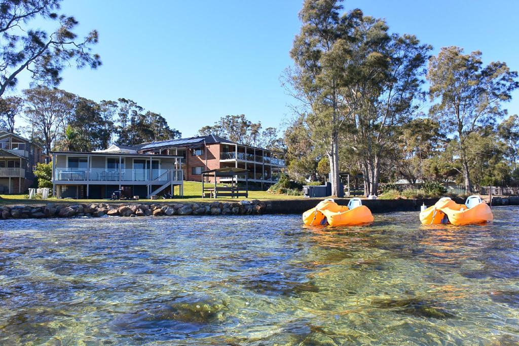 Dungowan Waterfront Accommodation