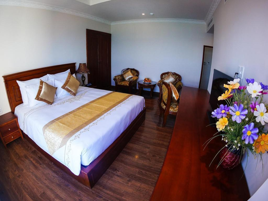 Superior City View Double Bed Nha Trang Palace Hotel