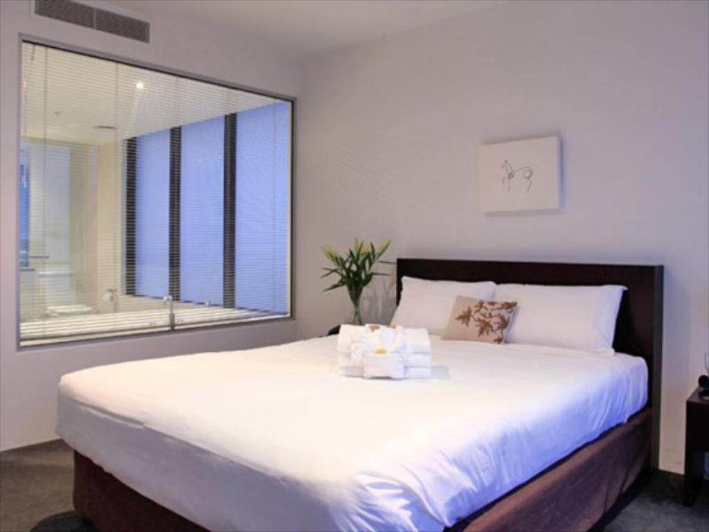 Se alle 31 bilder Holiday Holiday Surfers Paradise Apartments