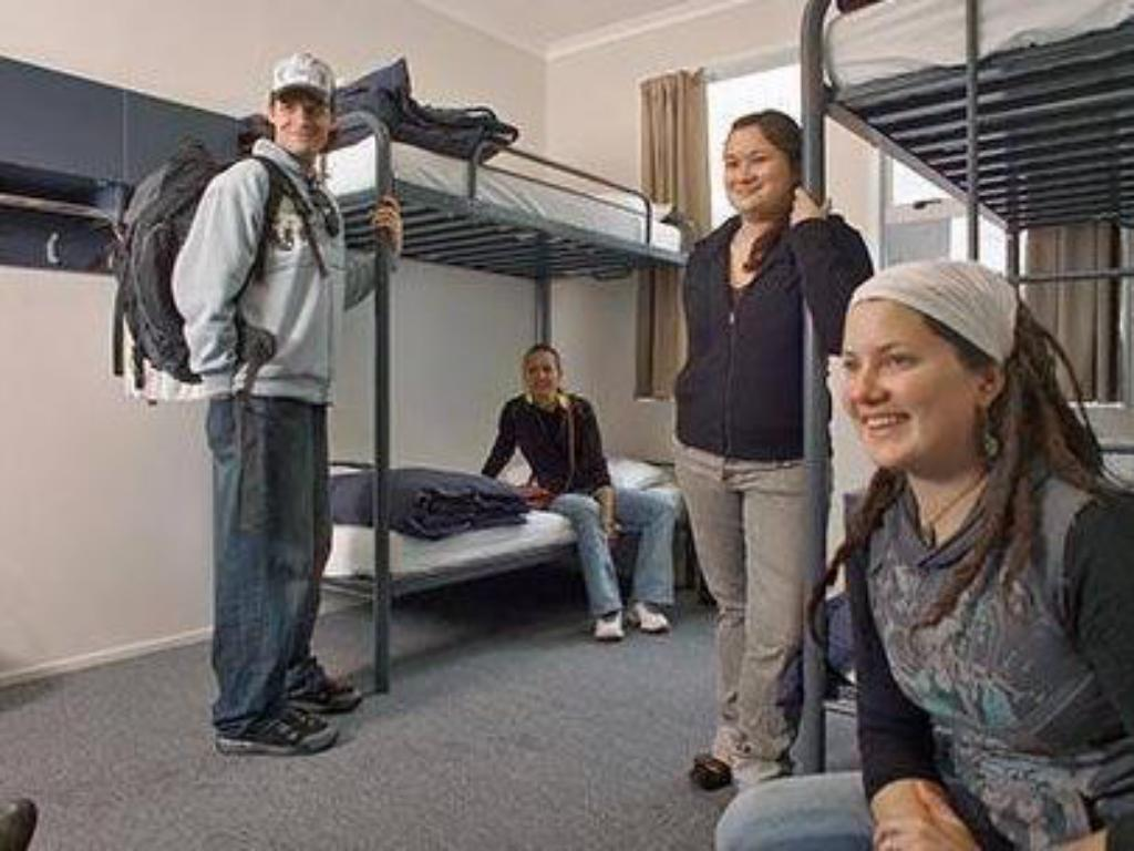 1 Person in 4-Bed Dormitory with Private Bathroom - Female Only - Other Nomads Capital Backpackers - Wellington