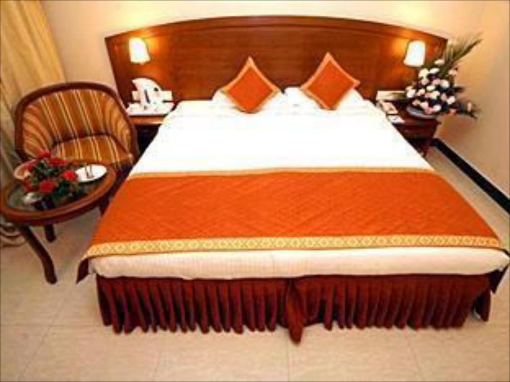 Standard AC Room - Guestroom Hotel AJ International