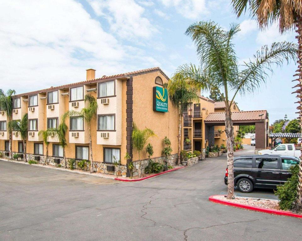 Exterior view Quality Inn and Suites Near The Border San Ysidro