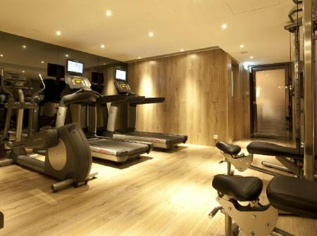 Fitness center Hotel LKF By Rhombus (Lan Kwai Fong)