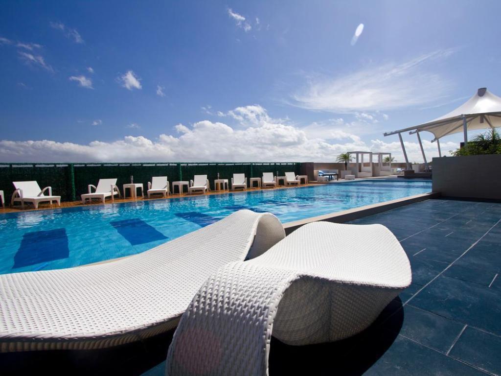 Best Price On Hotel The Bellevue Manila In Manila Philippines