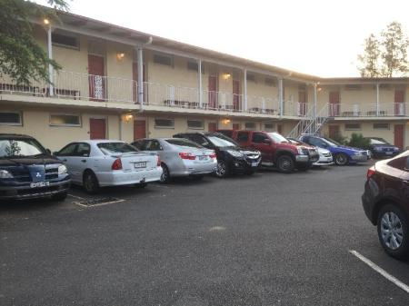 Hotellet indefra Riverview Motor Inn