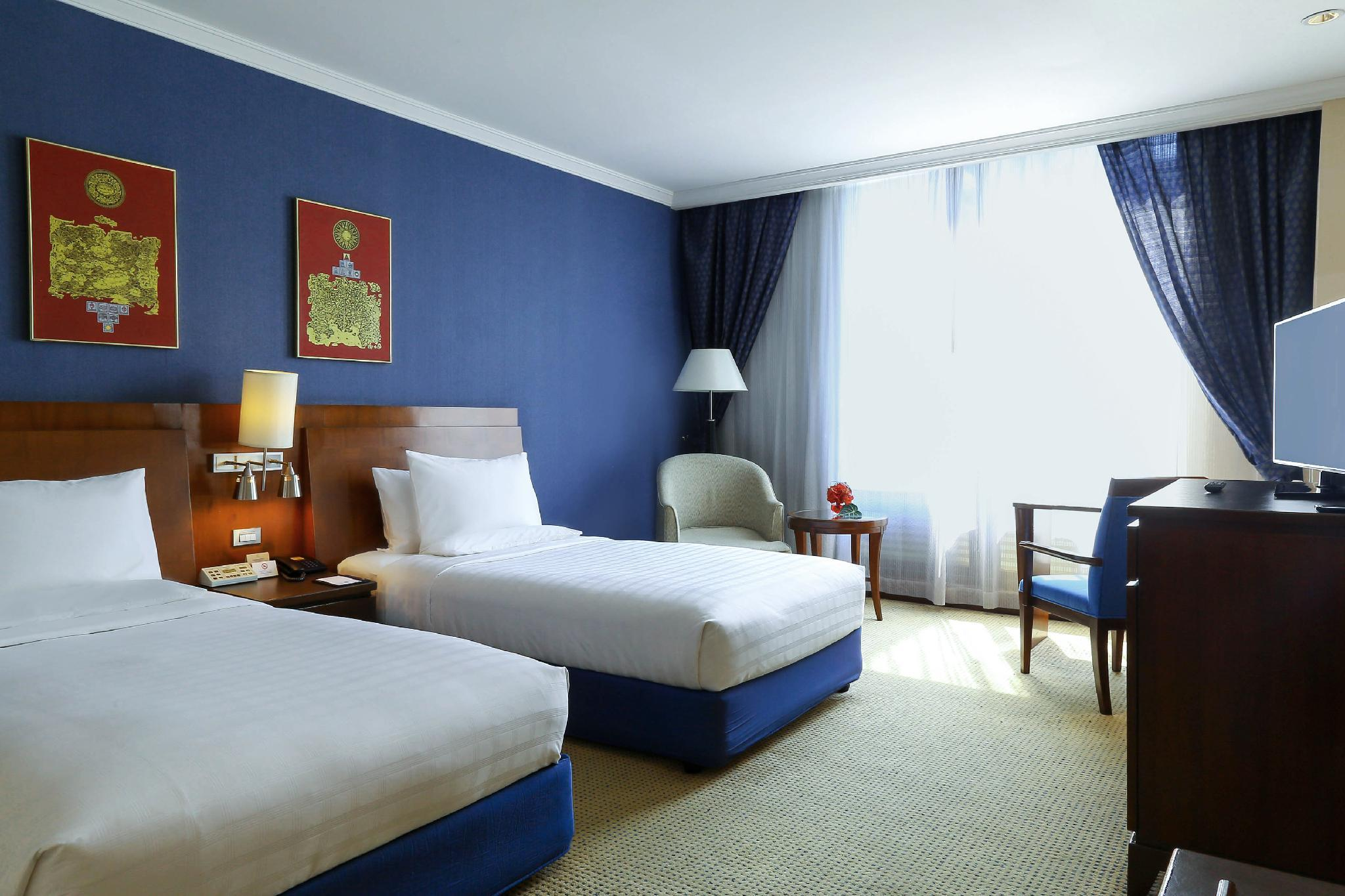 Executive Premier Floor Twin Room Hotels on Sale