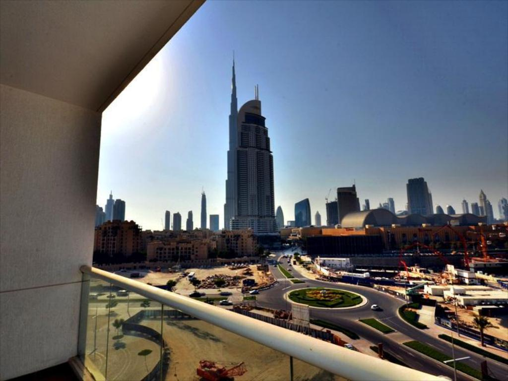 Better Stay - Burj Al Nujoom Downtown Holiday Apartment
