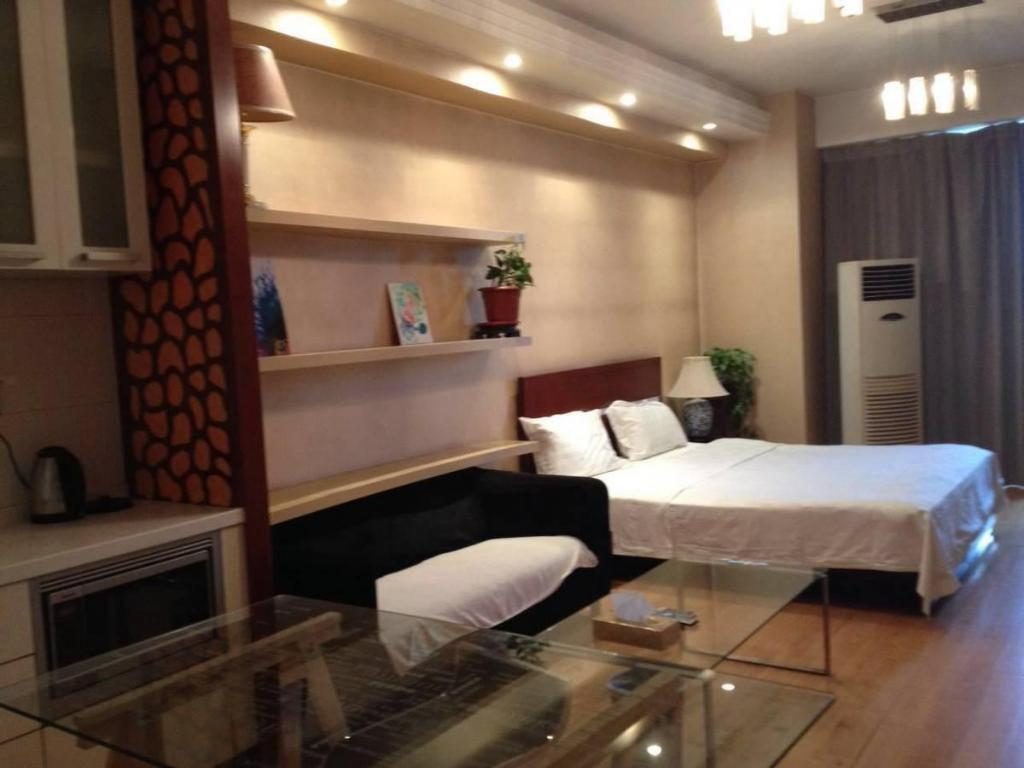 Daisy Apartment Hotel - room photo 11409239