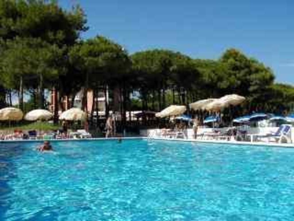 Hotel Beau Rivage Pineta in Lido Di Jesolo - Room Deals