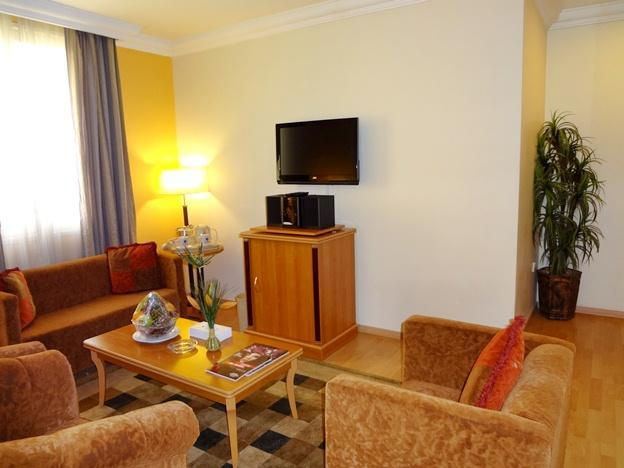 Apartament z 2 sypialniami (Two-Bedroom Suite)