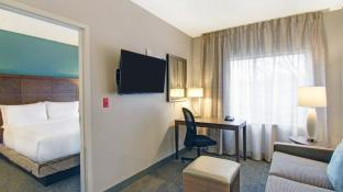 Staybridge Suites Toronto Vaughan South