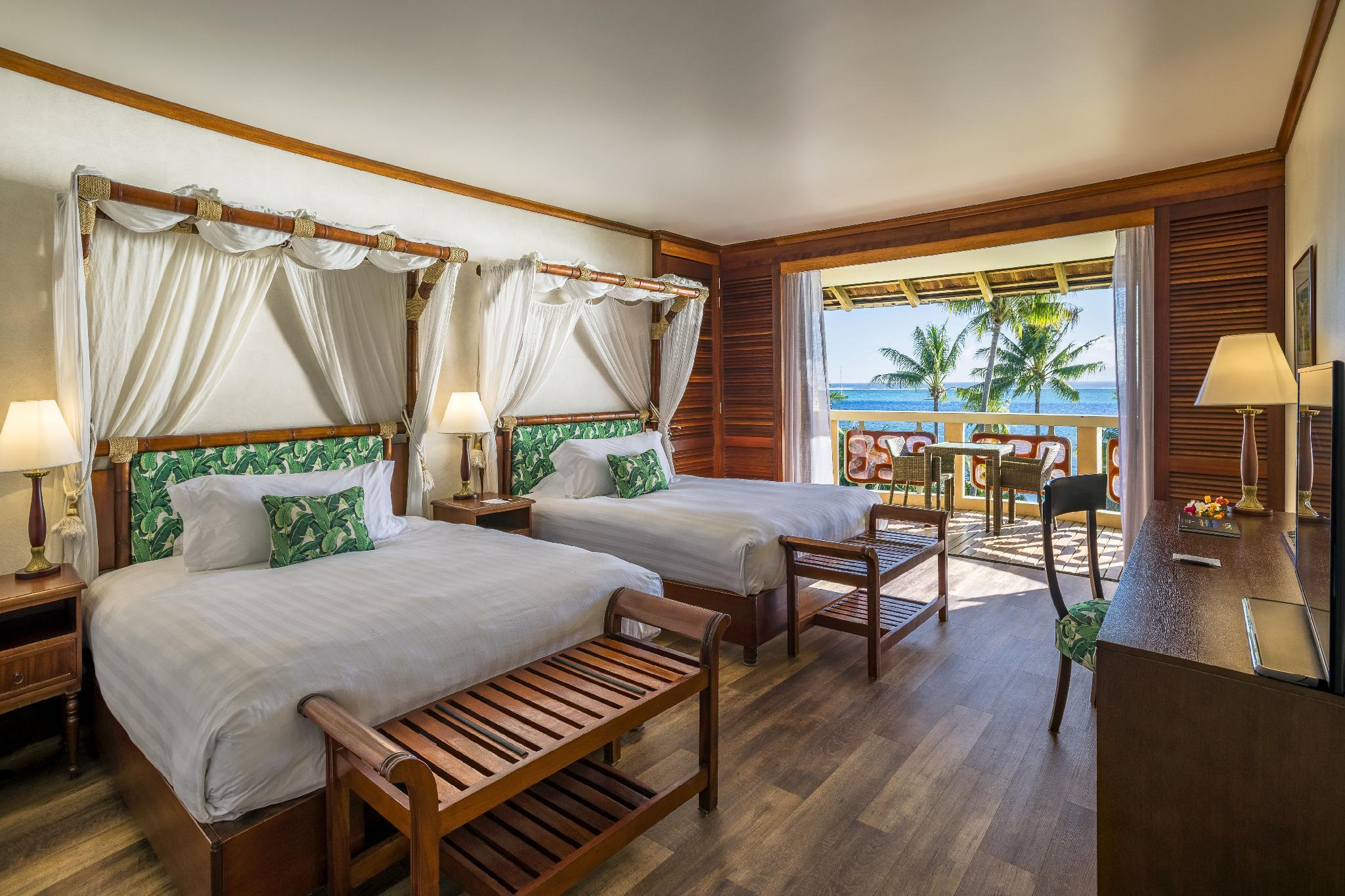 Twin Queen Beds Panoramic Lagoon View