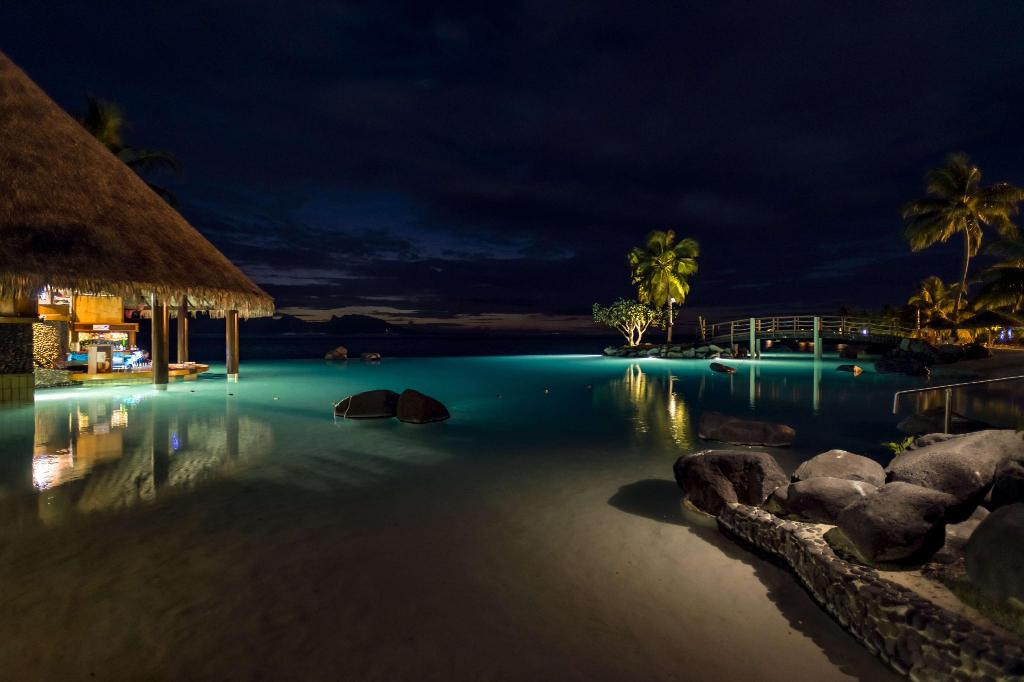 bazen [vanjski] InterContinental Tahiti Resort & Spa